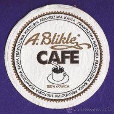 Coleccionismo: POSAVASOS - CAFE - A. BLIKLE - PAPEL - AÑOS 70 / 80. Lote 33373093