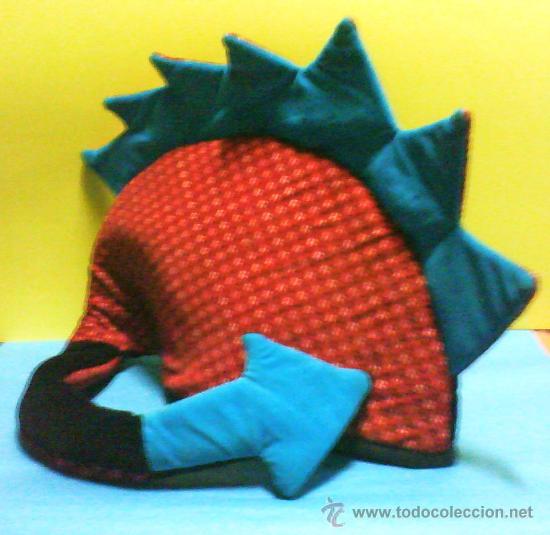df5ffc75a93f1 Coleccionismo  carnaval   halloween - sombrero  gorro - dragon con cola -  tela terciopelo