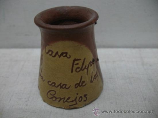 Coleccionismo: Lote de cuatro piezas decorativas de recuerdo: bote, tela, flotador y botella con barco - Foto 4 - 33997510