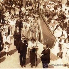 Coleccionismo: FIESTAS EN SOT DE FERRER CASTELLON CON BANDERA REPUBLICANA FECHADA EL 14 DE ABRIL DE 1932. Lote 178255245