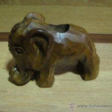 Coleccionismo: PALILLERO DE MADERA DE ENCINA EN FORMA DE ELEFANTE. Lote 36707193