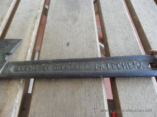 Coleccionismo: ANTIGUA HERRAMIENTA PARA ABRIR CAJAS PUBLICIDAD LECHE CONDENSADA LA LECHERA HARINA LACTEADA NESTLE - Foto 2 - 36777771