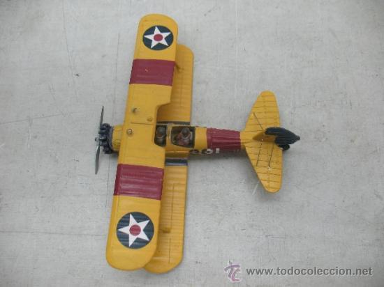Coleccionismo: Avioneta de metal con dos pilotos - Foto 3 - 36904952