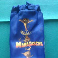 Coleccionismo: BOLSA MADAGASCAR - DISNEY - AZUL . Lote 37277749