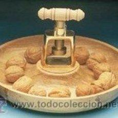 Coleccionismo: CASCANUECES . Lote 38311431