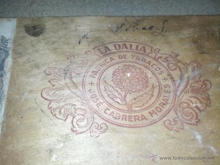 Coleccionismo: Antigua Caja de tabaco la dalia jose cabrera morales - Foto 3 - 39306103