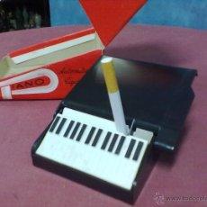 Coleccionismo: PIANO DE COLA CIGARRERA VINTAGE. Lote 39410306