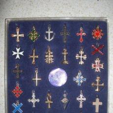 Coleccionismo - Colección de cruces universales. Completa. Excelente conservación. Con estuche. Religión. Cruz. - 39431090
