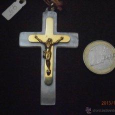 Coleccionismo: CRUCIFIJO DE PRIMERA COMUNION AÑOS 60. Lote 39899653