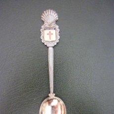 Coleccionismo: CUCHARILLA EN ALPACA CIUDAD SANTIAGO DE COMPOSTELA. Lote 40076253