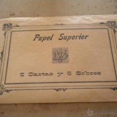 Coleccionismo: PAPEL SUPERIOR 5 CARTAS Y 5 SOBRES CONTIENE 4 SOBRES COLOR ROSA Y 2 CARTAS UNA RALLA. Lote 42263582