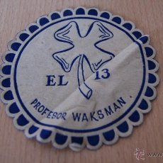 Coleccionismo: POSAVASOS ANTIGUO AÑOS 60 EL 13 PROFESOR WAKSMAN. Lote 43566827