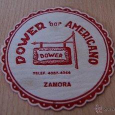 Coleccionismo: POSAVASOS ANTIGUO AÑOS 60 DOWER BAR AMERICANO DE ZAMORA. Lote 43566986