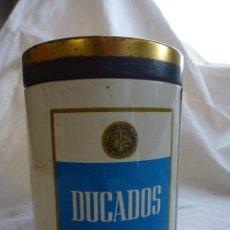 Coleccionismo: BOTE DE LATON PARA TABACO MARCA DUCADOS. Lote 44124964