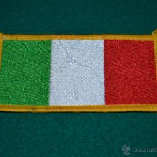 Coleccionismo: PARCHE BORDADO BANDERA ITALIA. Lote 45232184