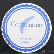 Coleccionismo: POSAVASOS PUBLICITARIO CIRCULAR - CONSTANTINO, SITGES - 9 CM DE DIÁMETRO. Lote 45592220