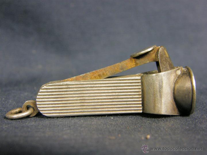 Coleccionismo: cortacigarrillos cortapuros plata sin marcas y acero primera mitad s XX - Foto 4 - 50129816