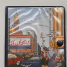 Coleccionismo: CARTERA-BILLETERA-PORTATODO EN PLASTICO , BUSQUETS MADE IN SPAIN ( MANHATTAN ). Lote 50339390