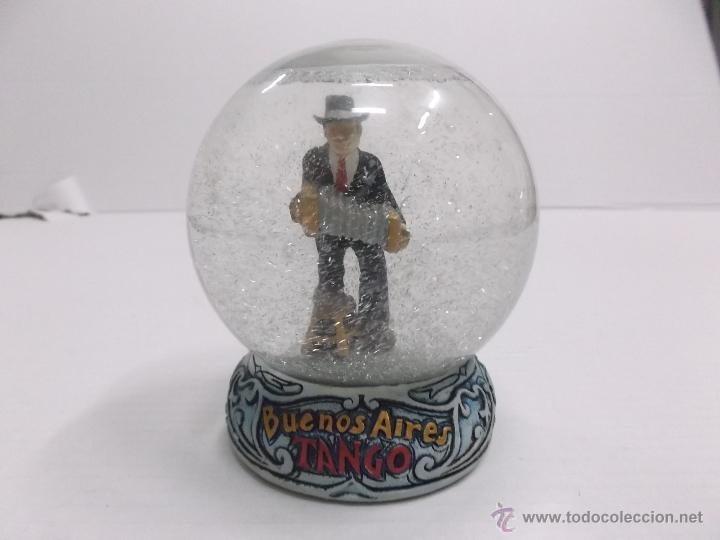 Bola de cristal con nieve buenos aires tango comprar - Bola nieve cristal ...