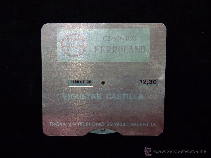 CEMENTOS FERROLAND (ASLAND). ANTIGUO HORARIO DE ALUMINIO SERIGRAFIADO. VALENCIA AÑOS 50 (Coleccionismo - Varios)
