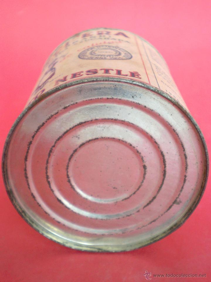 Coleccionismo: BOTE LECHE *LA LECHERA* -AÑO 1956- LECHE CONDENSADA AZUCARADA, 370 GR. SOCIEDAD NESTLÉ - Foto 8 - 119622967