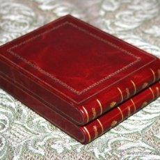 Coleccionismo: PITILLERA EN FORMA DE LIBRITOS. CUERO REPUJADO Y DORADO. MADERA. ESPAÑA. XIX-XX.. Lote 54951358