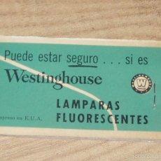 Coleccionismo: TOALLITAS DE BOLSILLO PARA LIMPIEZA DE ANTEOJOS, CIRCA 1950. Lote 57868558
