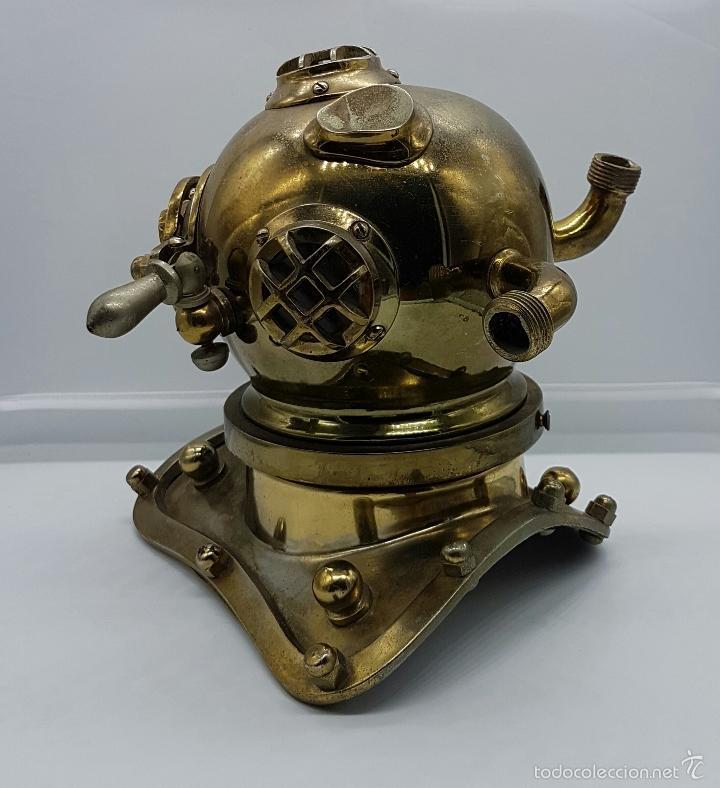 Coleccionismo: Reproducción de antigua escafandra de buzo en bronce, cobre y cristal . - Foto 2 - 96927243