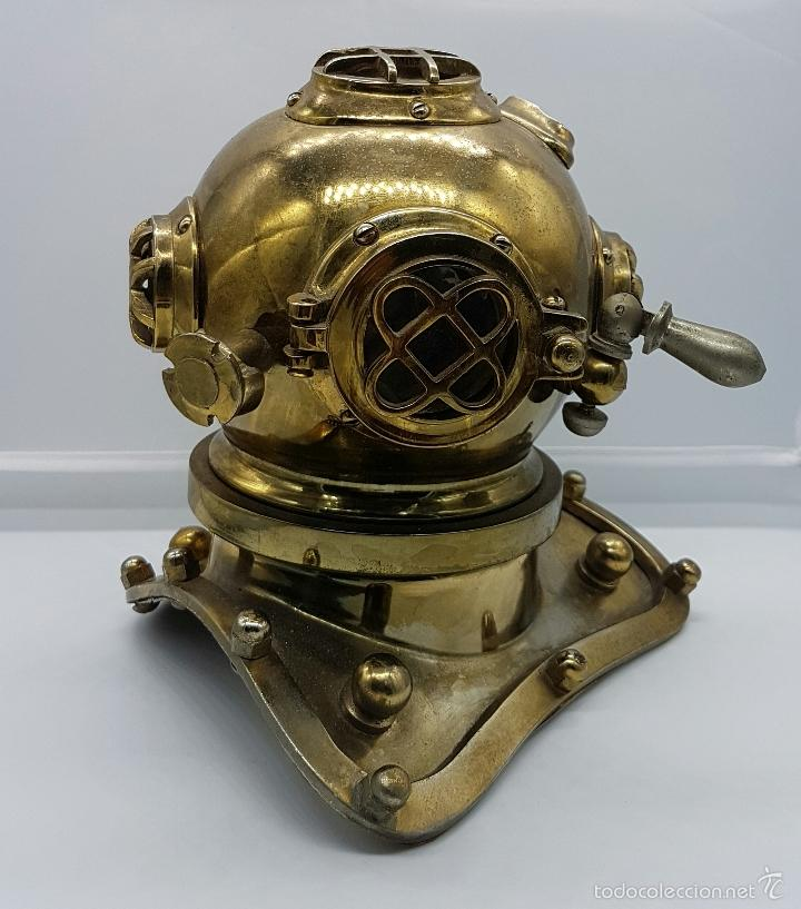 Coleccionismo: Reproducción de antigua escafandra de buzo en bronce, cobre y cristal . - Foto 5 - 96927243