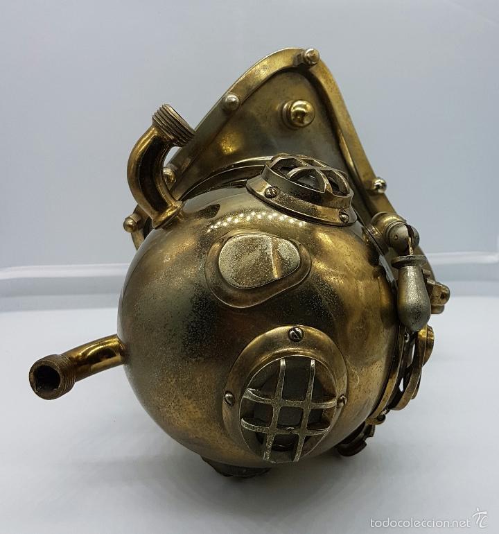 Coleccionismo: Reproducción de antigua escafandra de buzo en bronce, cobre y cristal . - Foto 8 - 96927243