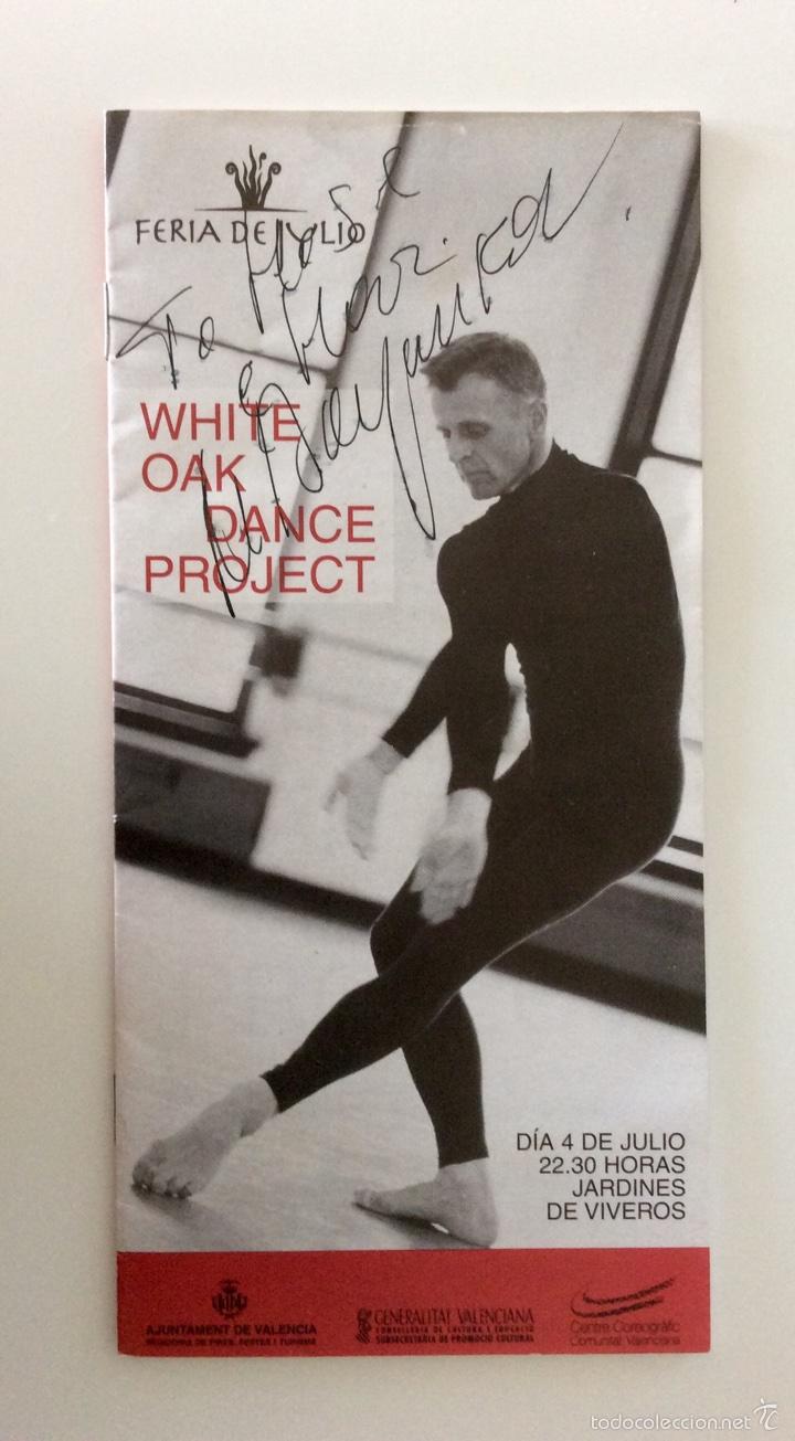 Coleccionismo: Firma original de MIKHAIL BARYSHNIKOV sobre programa de mano de hace más de 15 años - Foto 3 - 60696175