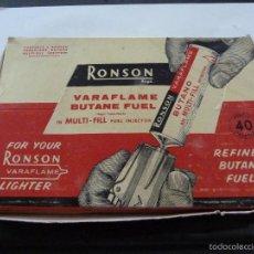 Coleccionismo: RONSON VARAFLAME BUTANE FUEL MAS 2 SOBRES EXTRA LENGHT FLINTS. Lote 60958143