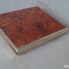 Coleccionismo: PITILLERA DORADA METÁLICA -- ESTAMPADO IMITANDO MADERA -- 10 X 9 X 1 --. Lote 182020980