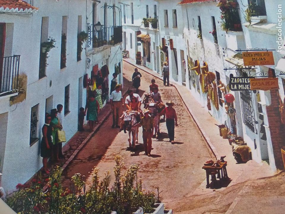 Coleccionismo: Antiguo plato blanco turístico de Mijas, Málaga, años 60 Burro taxi Creaciones Regina Torremolinos. - Foto 2 - 65888098