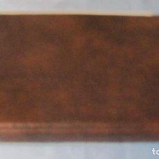 Coleccionismo: ANTIGUA CARPETA MARRON DE ANILLAS. AÑOS 70.TAMAÑO CUARTILLA.RECAMBIO DE HOJAS COLORES.NUEVA ALMACEN. Lote 68747709