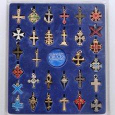 Coleccionismo - COLECCION CRUCES UNIVERSALES. DIARIO SUR 2003. 30 CRUCES PARA COLGANTE. CON ESTUCHE. - 68833381
