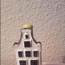 Coleccionismo: CASITA BOTELLA EN CERÁMICA DE DELFTS NUMERO 78. Lote 69613021