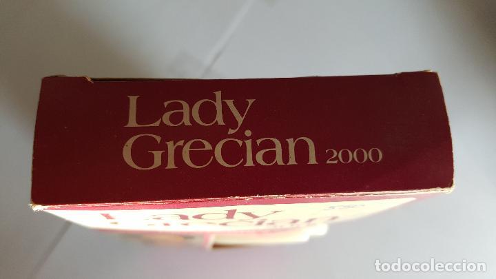 Coleccionismo: ANTIGUA BOTELLA DE TINTE PARA LAS CANAS LADY GRECIAN 2000 - - Foto 3 - 71580571