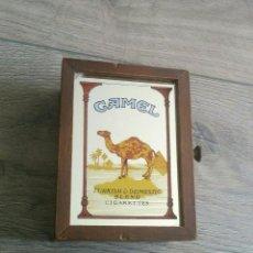 Coleccionismo: ANTIGUA CAJA CIGARROS CAMEL. Lote 71969891