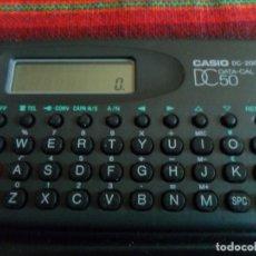 Coleccionismo: CALCULADORA CASIO DC-200 DC 50 DATA CAL CON FUNDA FUNCIONANDO.. Lote 72230399