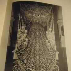 Coleccionismo: 31,5 X 24 ANTIGUA LAMINA SEMANA SEVILLA SANTA BLANCO Y NEGRO - VIRGEN DE LA AMARGURA. Lote 76076187