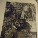 Coleccionismo: 31,5 X 24 ANTIGUA LAMINA SEMANA SEVILLA SANTA BLANCO Y NEGRO - VIRGEN Y CRISTO DE LA SAGRADA MORTAJA. Lote 76076427