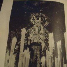Coleccionismo: 31,5 X 24 ANTIGUA LAMINA SEMANA SANTA SEVILLA BLANCO Y NEGRO - VIRGEN DEL VALLE. Lote 76081455