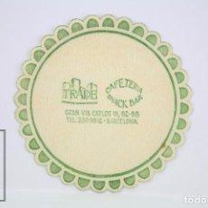 Coleccionismo: POSAVASOS PUBLICITARIO - CAFETERÍA SNACK BAR TRADE, BARCELONA - DIÁMETRO 9 CM. Lote 80092701