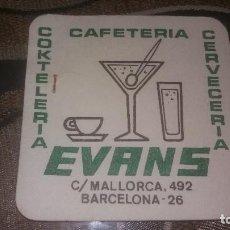 Coleccionismo: POSAVASO ANTIGUO DE COLECCIÓN BAR RESTAURANTE CAFETERÍA POSAVASOS CERVECERIA EVANS BARCELONA. Lote 82230172