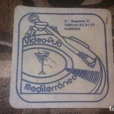 Coleccionismo: POSAVASO ANTIGUO DE COLECCIÓN BAR RESTAURANTE CAFETERÍA POSAVASOS ALMERIA PUP MEDITERRANEO. Lote 82231136
