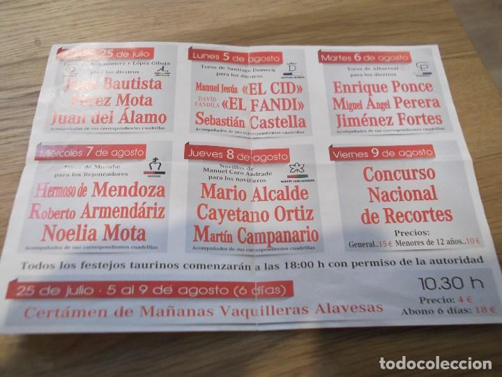 Coleccionismo: Programa taurino de mano. Feria Fiestas en honor de la Virgen Blanca. Vitoria Gasteiz. 2013. Toros. - Foto 2 - 83625748
