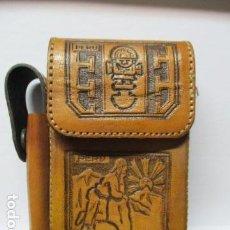 Coleccionismo: ESTUCHE DE PERU PARA LA CAJETILLA DE TABACO Y MECHERO. Lote 85585824
