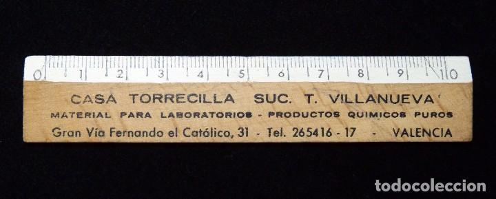ANTIGUA REGLA MADERA PUBLICIDAD MATERIAL LABORATORIO CASA TORRECILLA SUCURSAL VALENCIA. AÑOS 50 (Coleccionismo - Varios)