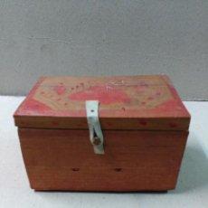 Coleccionismo: CAJA DE MADERA, POSIBLEMENTE SUDAMERICANA, PRINCIPIOS SIGLO XX. Lote 86818520